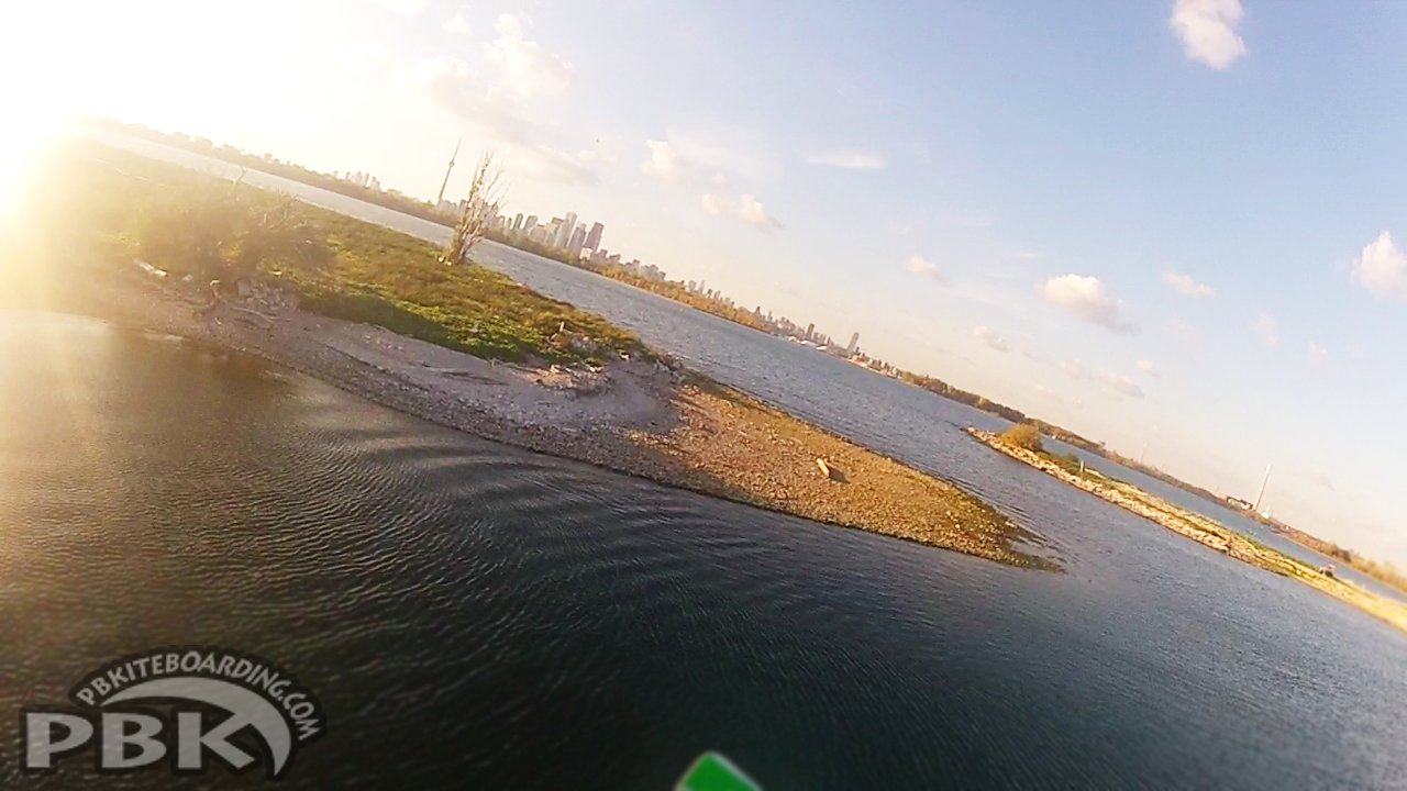 Kiteboarding_Cherry_Beach_Toronto_Ontario_TTWest_Flysurfer_Speed_12m_SP3.5_Dlx_012